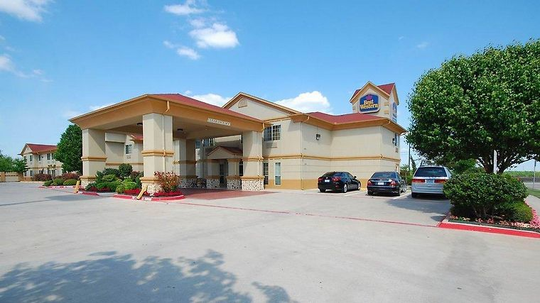 Days Inn Benbrook Fort Worth Area Exterior
