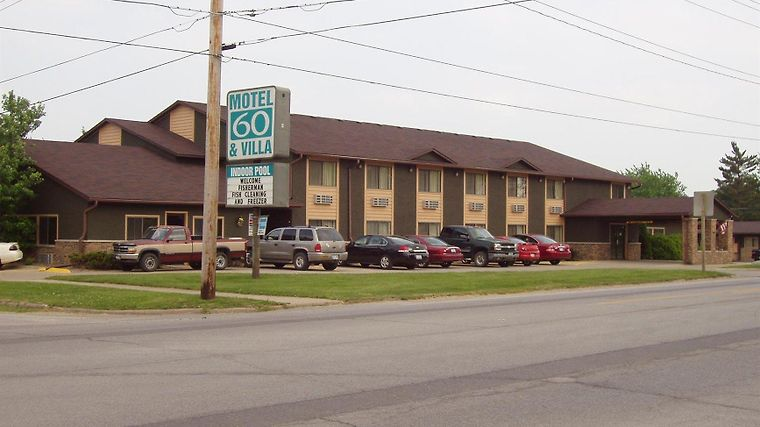 Motel 60 And Villa Exterior