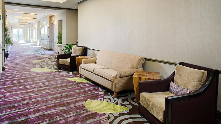 °HOTEL HILTON GARDEN INN HARTFORD NORTH/BRADLEY INTu0027L AIRPORT WINDSOR, CT  3* (United States)   From US$ 134 | BOOKED