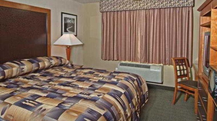 °HOTEL SHILO INN ROSE GARDEN PORTLAND, OR 2* (United States)   From US$ 132  | BOOKED