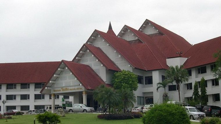 Pailyn Exterior
