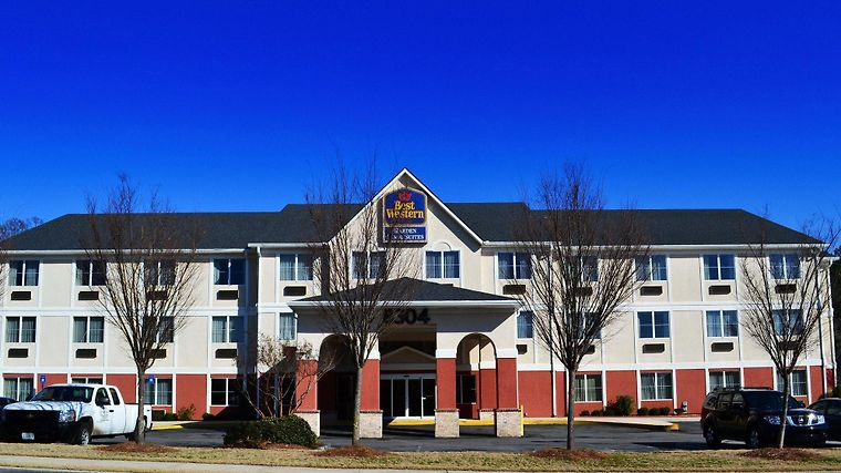 Garden Inn And Suites Exterior