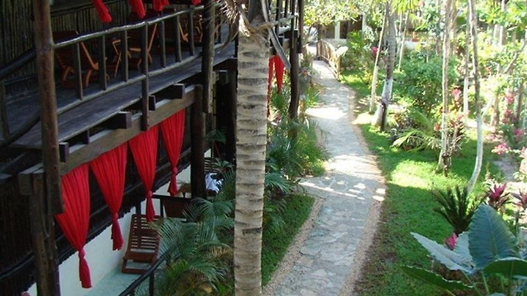 Om Tulum Cabanas And Beach Club Exterior