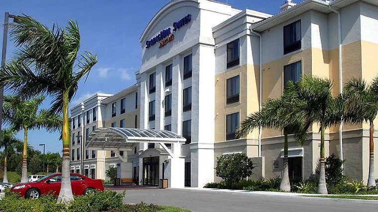 Springhill Suites Fort Myers Airport Exterior