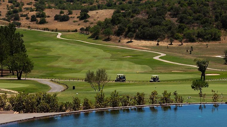 Morgado Golf & Country Club Exterior