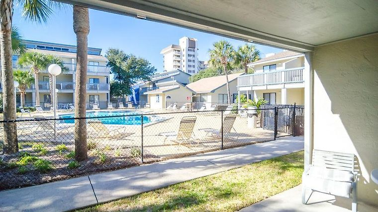 Hotel Sunswept Iniums Panama City Beach Fl 4 United States From Us 157 Booked