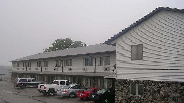 Harlan Inn And Suites Exterior