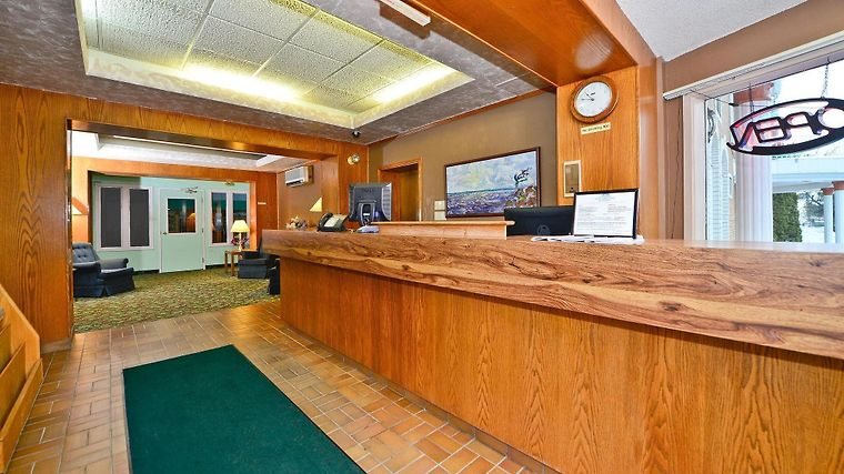 Canadas Best Value Inn & Suites Parry Sound Exterior