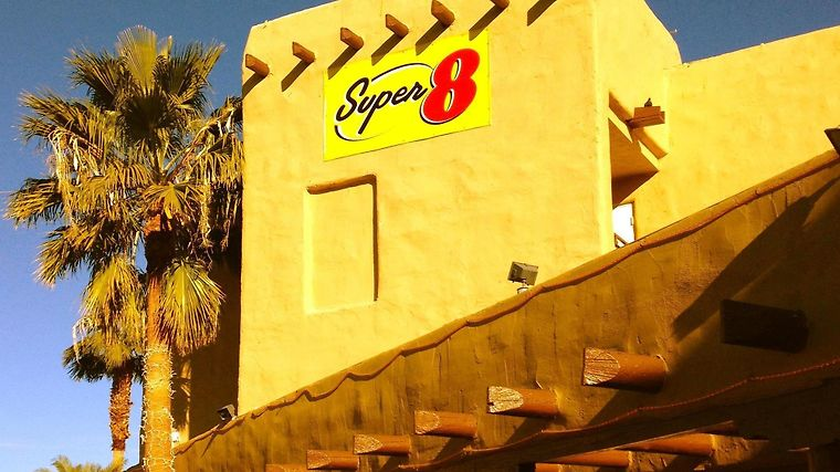Super 8 Las Vegas Blvd photos Exterior