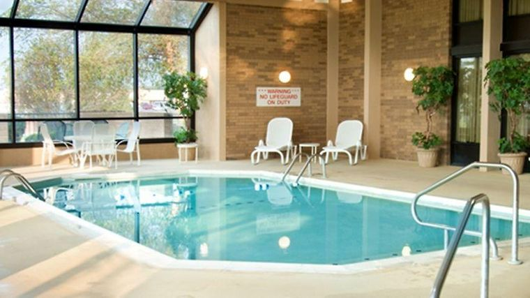 Hotel Drury Suites Cape Girardeau Mo 3 United States From Us 129 Booked