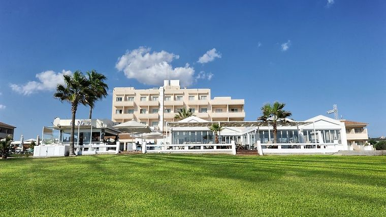 Piere Anne Beach Hotel photos Exterior