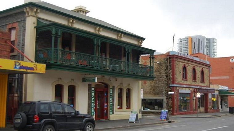 Adelaide'S Shakespeare Backpacker Hostel Exterior