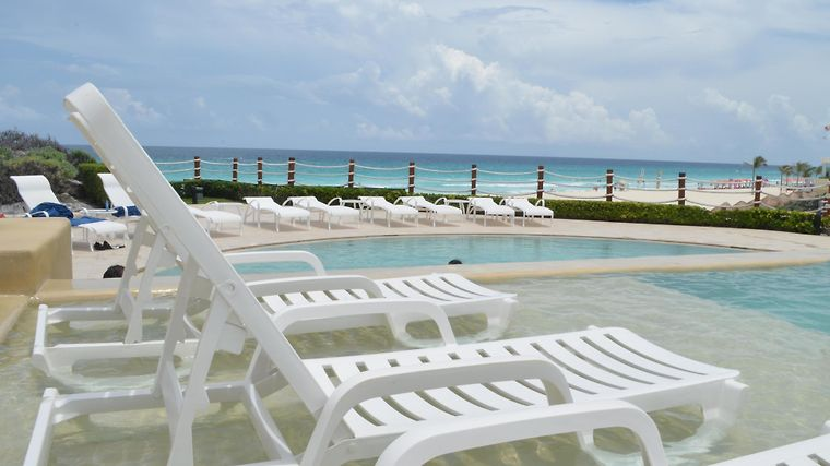 Grand Park Royal Cancun Caribe Exterior