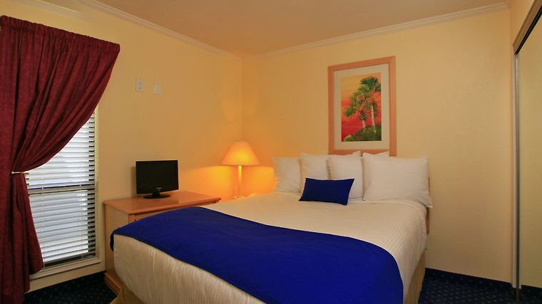 °HOTEL SAILPORT WATERFRONT SUITES TAMPA, FL 3* (United States)   From US$  163 | BOOKED