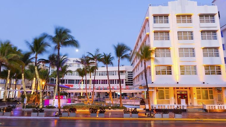 Clevelander Hotel Miami Beach Fl 3 United States From Us 304 Booked