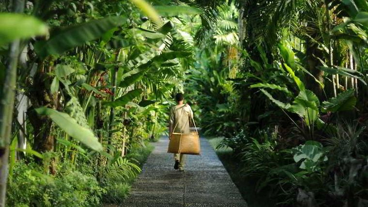 Awarta Nusa Dua Luxury Villas & Spa Exterior