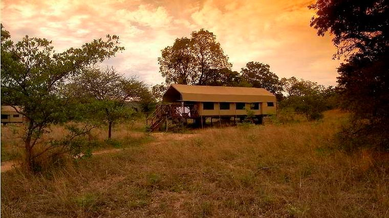 Kwafubesi Tented Safari Camp Exterior