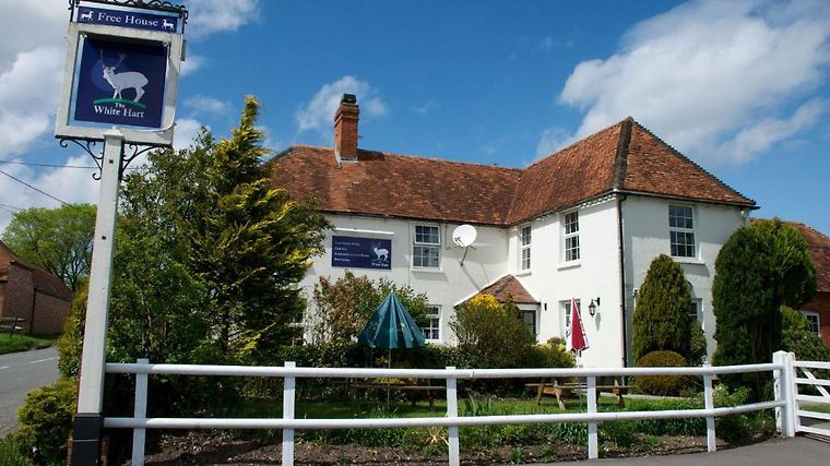 The White Hart Inn Exterior Hotel information