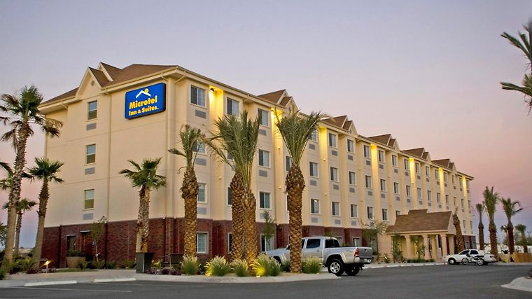 Microtel Inn And Suites By Wyndham Juarez photos Exterior