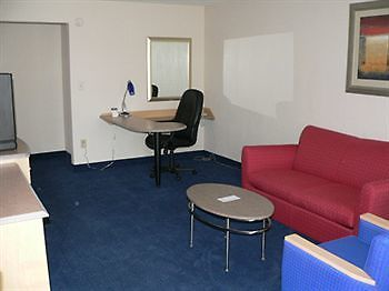 °HOTEL RED ROOF INN U0026 SUITES WYTHEVILLE, VA 2* (United States)   From US$  63 | BOOKED