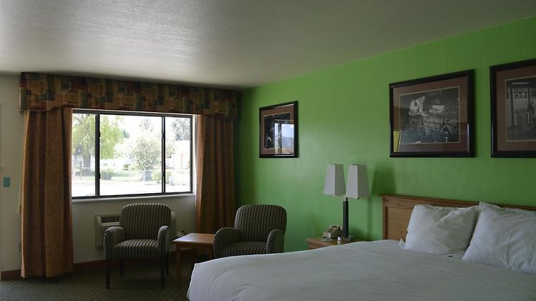 HOTEL RETRO INN AT MESA VERDE CORTEZ, CO 2* (United States) - from ...