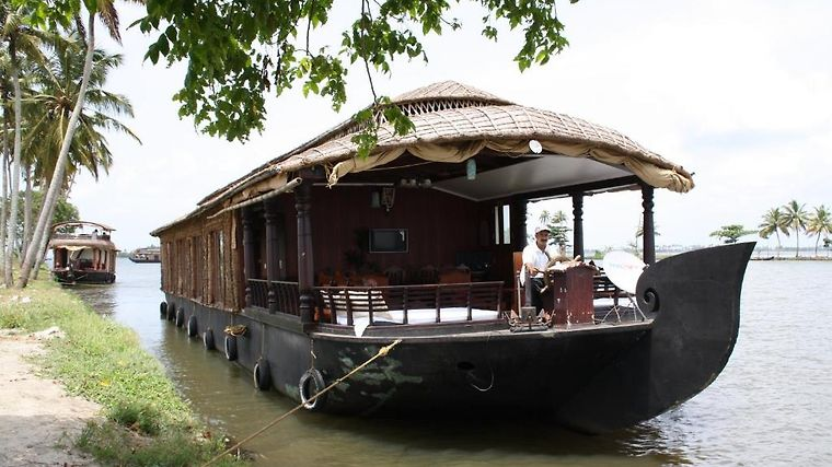 Cosy Houseboats Exterior Hotel information