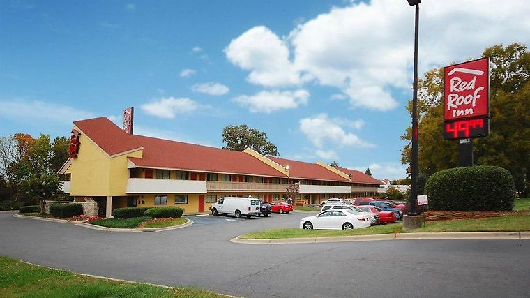°HOTEL RED ROOF INN CHARLOTTE AIRPORT CHARLOTTE, NC 2* (United States)    From US$ 50   BOOKED