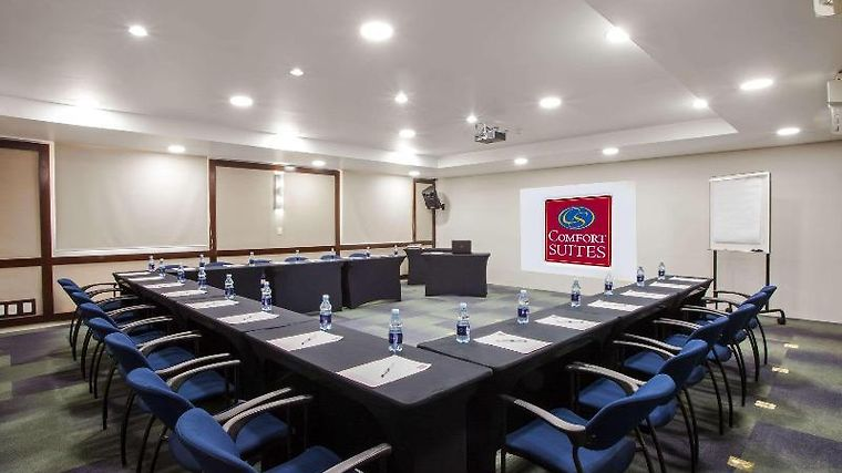 Comfort Suites Campinas Facilities