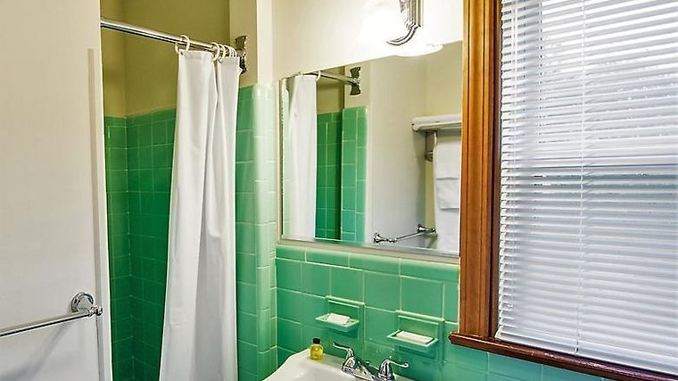 HOTEL SUTTON INN ELKTON, MD 3* (United States) - from US$ 96 | BOOKED