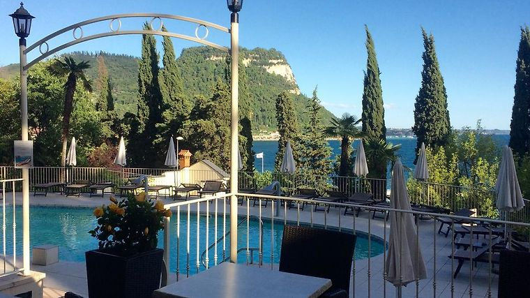 HOTEL EXCELSIOR LE TERRAZZE GARDA 4* (Italy) - from US$ 261 | BOOKED