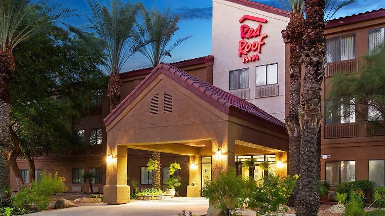 °HOTEL RED ROOF INN PHOENIX AIRPORT TEMPE, AZ 2* (United States)   From US$  100 | BOOKED
