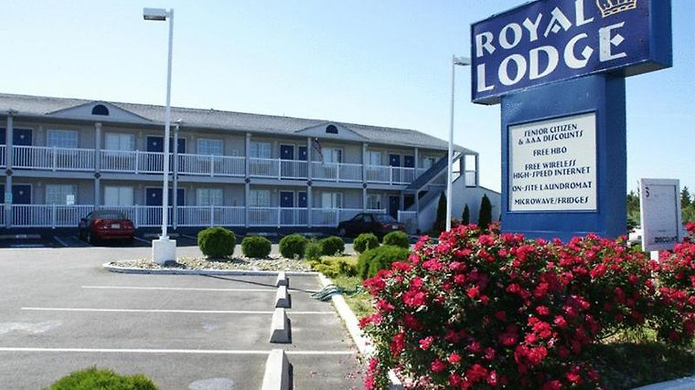 Royal Lodge Exterior Photo album