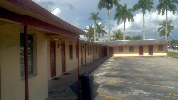 Palm City Motel Exterior Hotel information