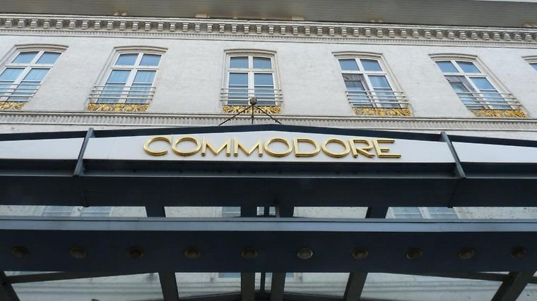 Commodore Exterior Hotel information