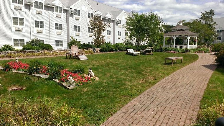 HOTEL TWO TREES INN AT FOXWOODS LEDYARD, CT 2* (United States ...