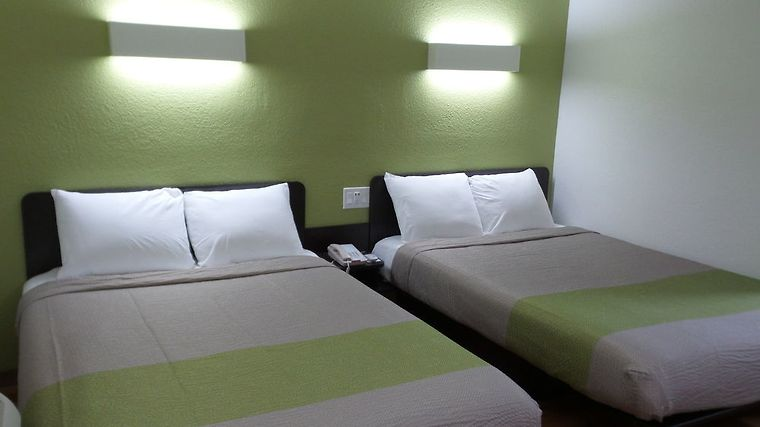 HOTEL MOTEL 6 UCR RIVERSIDE, CA 2* (United States) - from US$ 84 ...
