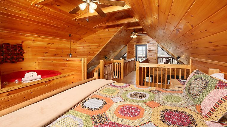 °HOTEL EDEN CREST VACATION RENTALS PIGEON FORGE, TN 2* (United States)    From US$ 212 | BOOKED