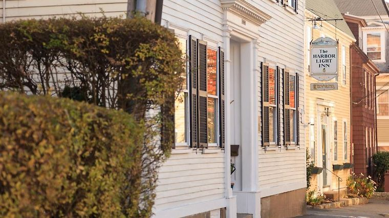 °HOTEL HARBOR LIGHT INN MARBLEHEAD, MA 4* (United States)   From C$ 366 |  IBOOKED
