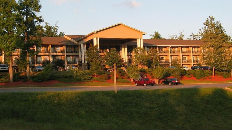 Lake Chatuge Lodge Exterior Hotel information