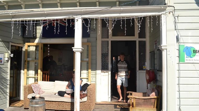 Worldwide Backpackers Exterior Hotel information