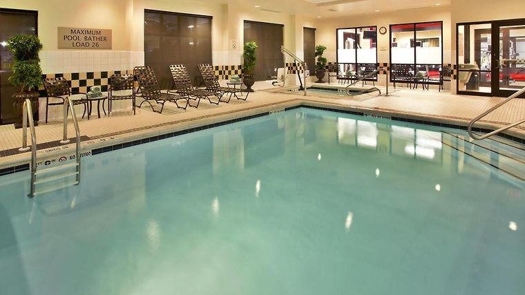 HOTEL HILTON GARDEN INN BLOOMINGTON, IN 3* (United States) - from US ...