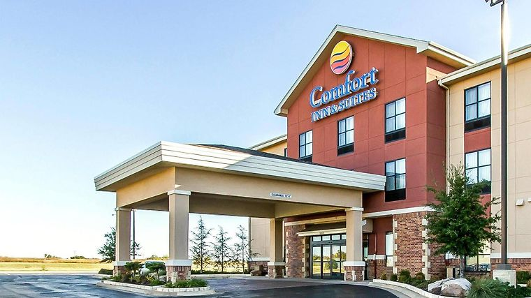 Hotel Comfort Inn Suites Shawnee Ok 3 United States From Us 120 Booked