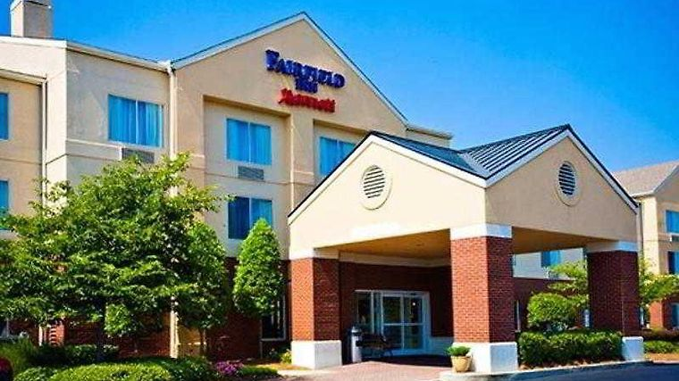Fairfield Inn Charlotte Northlake Exterior