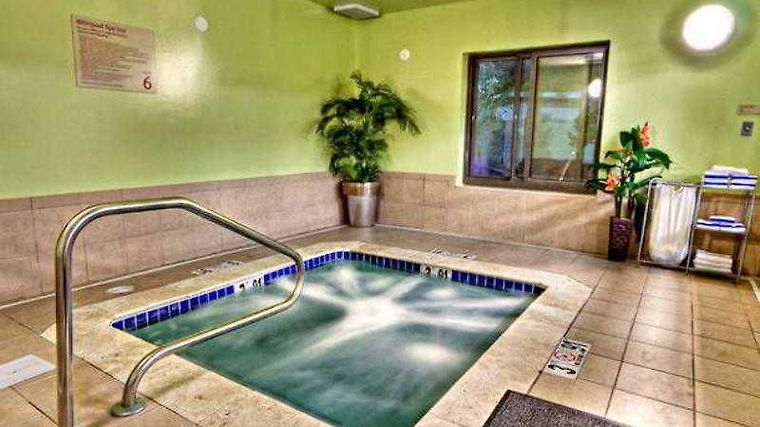 Towneplace Suites Savannah Airport Facilities
