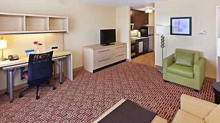 Towneplace Suites Tulsa Broken Arrow Room