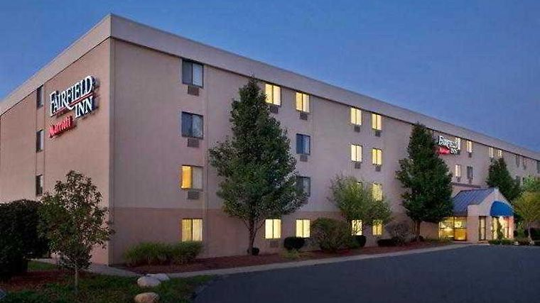 Fairfield Inn Manchester-Boston Regional Airport Exterior