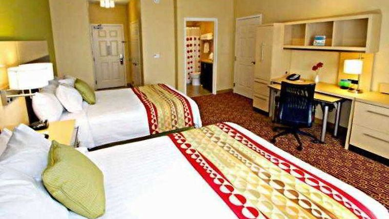Towneplace Suites Phoenix Goodyear Room