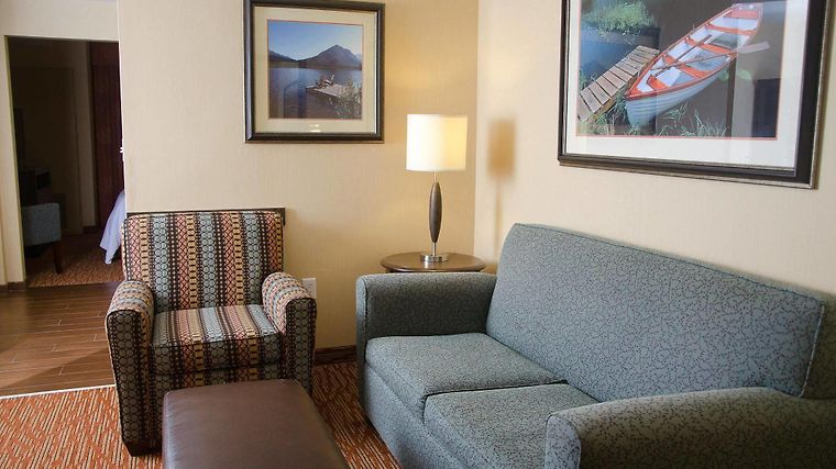 °HOTEL HILTON GARDEN INN WATERTOWN, NY 3* (United States)   From US$ 140 |  BOOKED