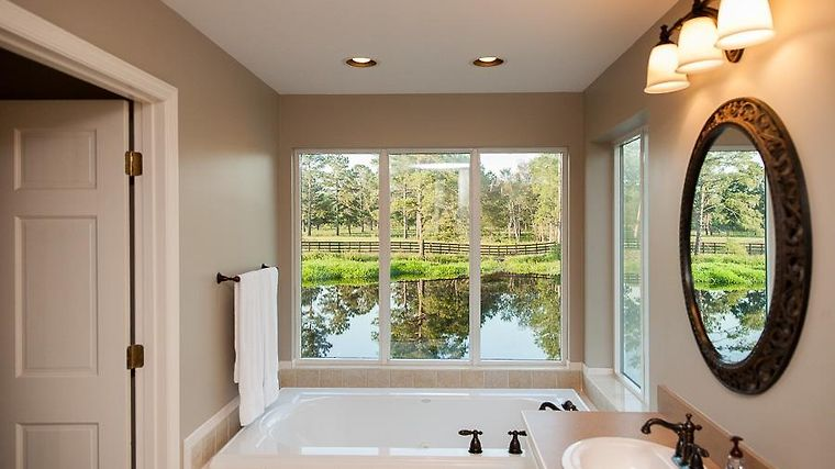 HOTEL LIVE OAK BED AND BREAKFAST ADEL, GA (United States) - from US ...