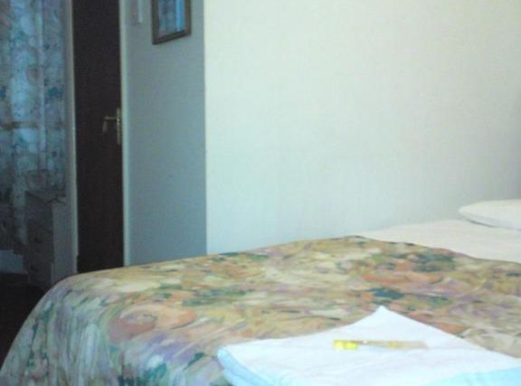 Regency Court Hotel Room